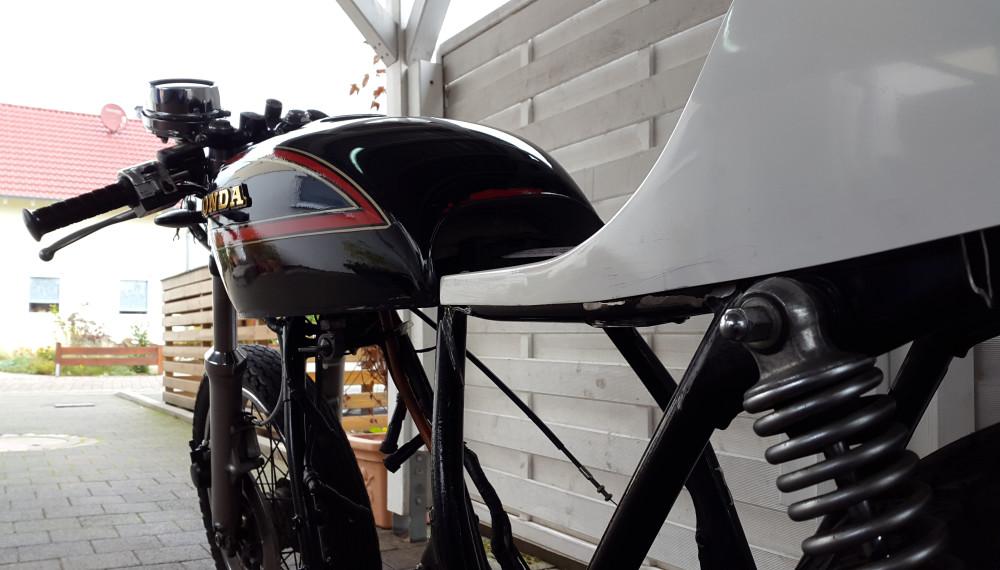 Honda CB 550 K3 Cafe Racer Le Mans Sitzbank Seat