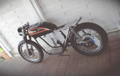 Honda CB 550 K3 Cafe Racer Heckumbau Loop 550moto
