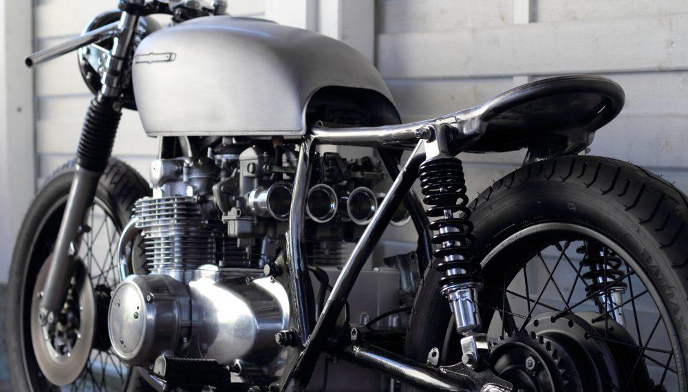 Honda CB 550 K3 Cafe Racer 550 Moto 2