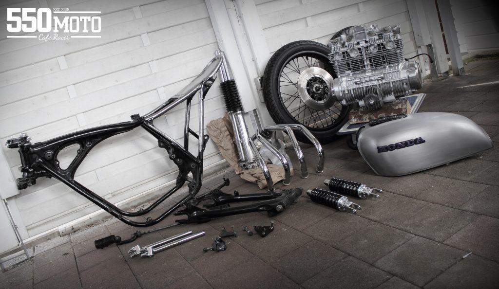 Honda CB 550 K3 Cafe Racer 550 Moto 6