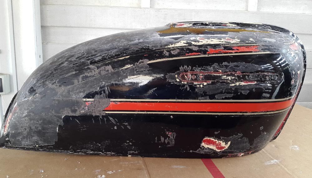 honda-cb-550-tank-entrosten-farbe-entfernen-abbeize-cafe-racer-14