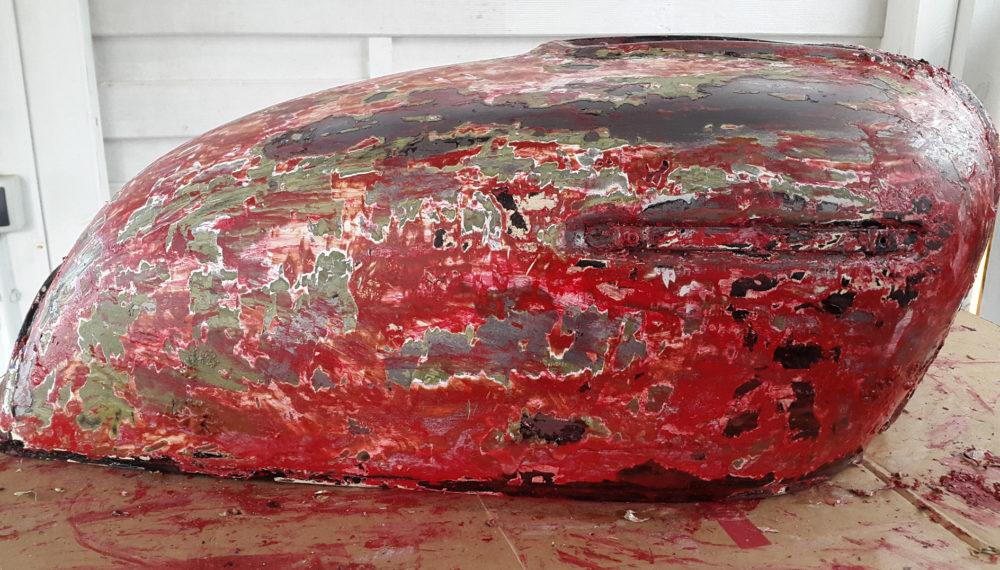 honda-cb-550-tank-entrosten-farbe-entfernen-abbeize-cafe-racer-22