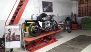 honda-cb-550-cafe-racer-550moto1