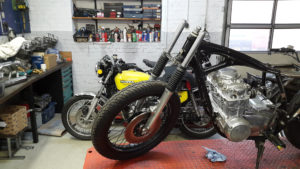 honda-cb-550-cafe-racer-550moto10