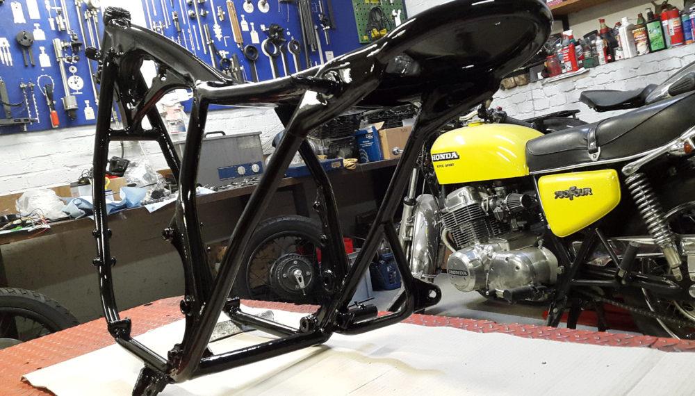 honda-cb-550-cafe-racer-550 frame rahmen