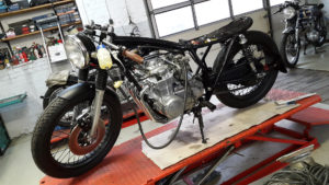 honda-cb-550-cafe-racer-550moto3