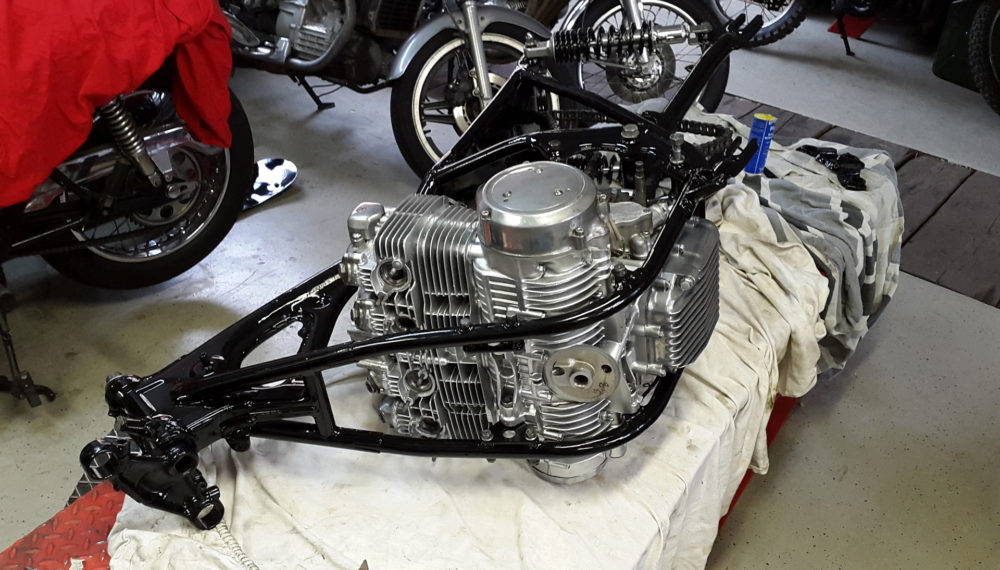 honda-cb-550-cafe-racer-550moto8