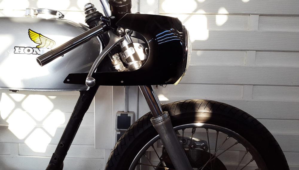 Honda CB 400 four Cafe Racer Halbschalen Verkleidung AVON Style 3 550moto