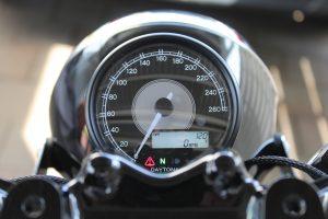 Daytona Velona Tacho Honda CB 550 5