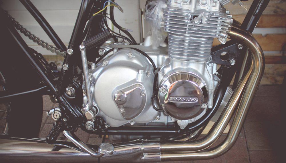 Honda CB 400 four Cafe Racer Motor