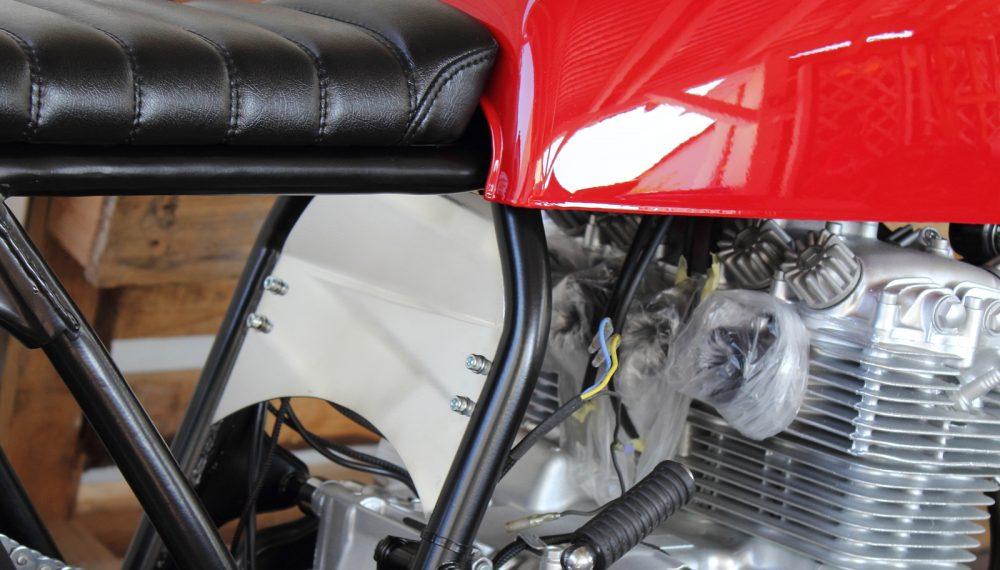 Honda CB 400 four Cafe Racer by 550moto 3
