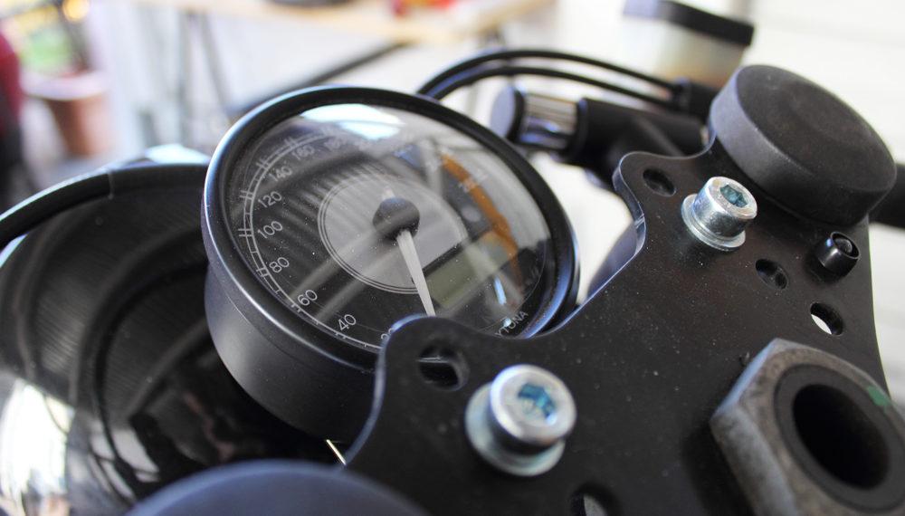 BMW R100RT Cafe Racer Daytona Tacho 1