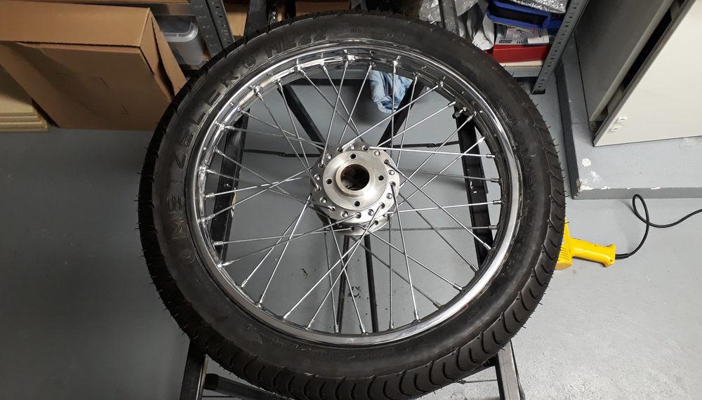 Honda CB 400 four Vorderrad Felge